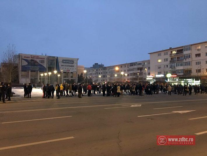 Ora 17:17. Protestul a fost anunțat pentru ora 17:00